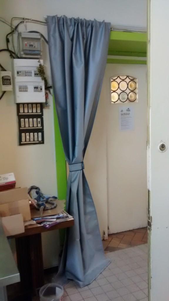 rideau anti feu prev securite 62. Black Bedroom Furniture Sets. Home Design Ideas